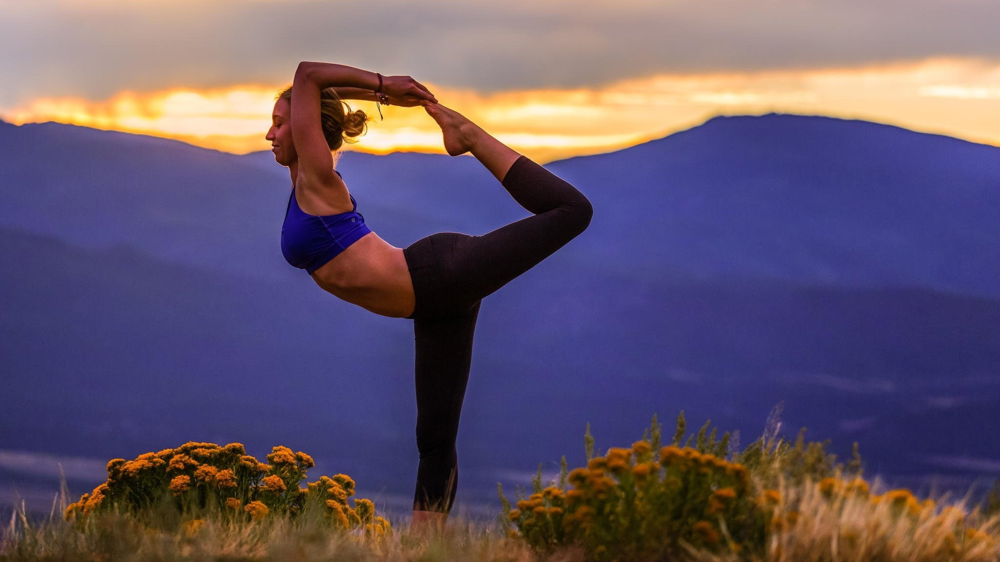 yoga poses hd Fresh yoga pose girl nature landscape hd wallpaper