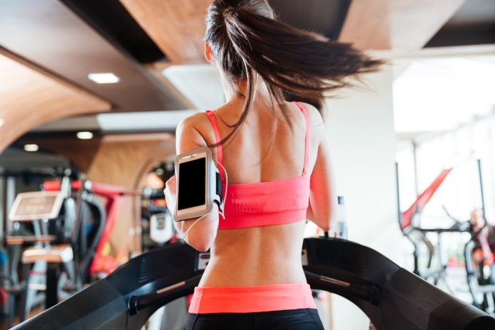 5 Things You Should Never Wear To The Gym