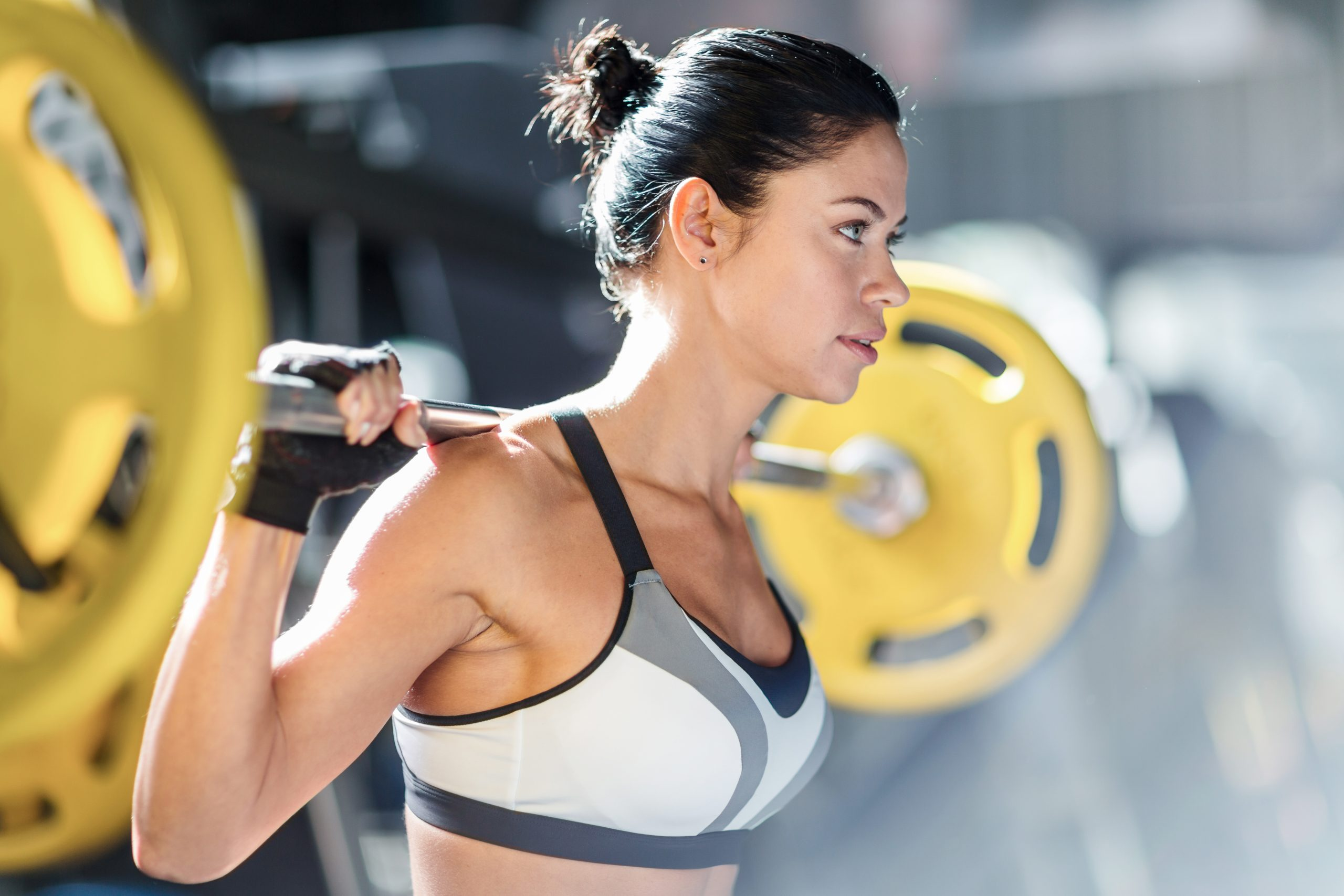 Why You Should Not Wear These 5 Things To The Gym